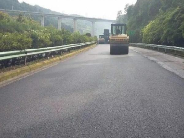 浅谈道路路面施工技术