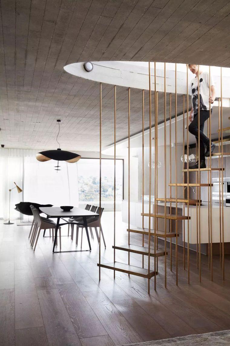 眼花缭乱的楼梯扶手造型,绝对的加分项