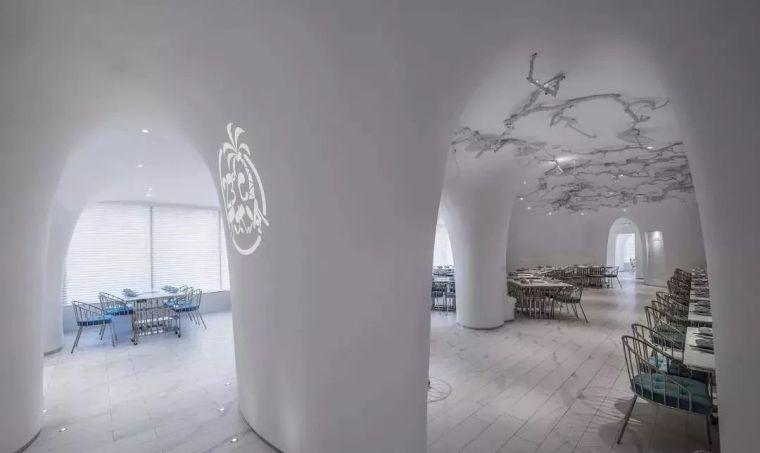 知否知否,这家火锅店竟然设计得比花店还唯美!