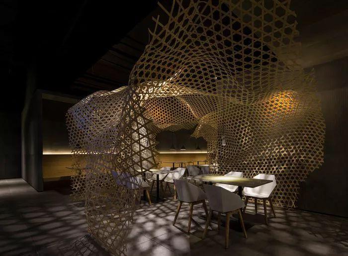 别找了,2018年最好看的餐饮空间设计都在这里了_11