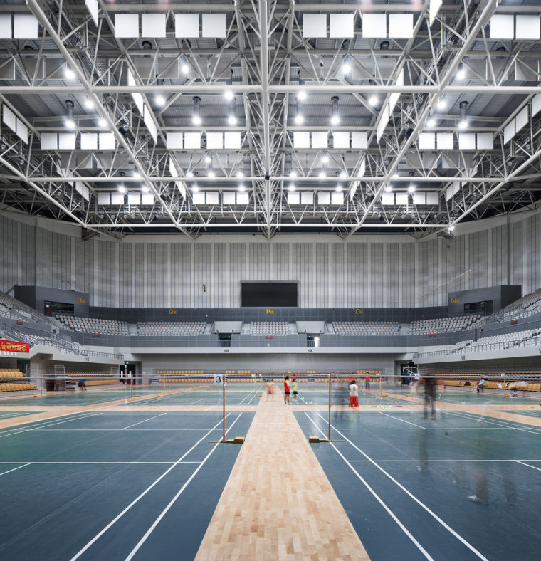 临安半透明轻盈的体育文化会展中心内部实景图 (19)