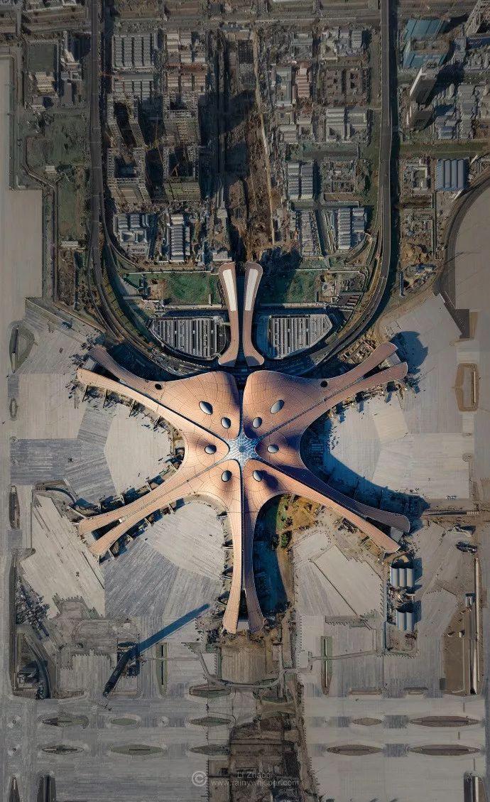 """中国最""""魔幻""""的北京大兴国际机场试飞了!黑科技满满…"""