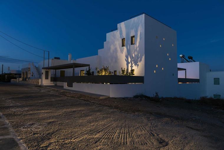 希腊音乐家家庭住宅外部夜景实景图 (9)