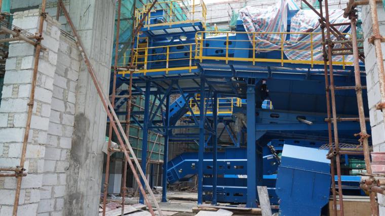 垃圾站大型设备与土建同步施工工法