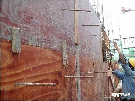 现场教你建筑柱、墙模板这么施工