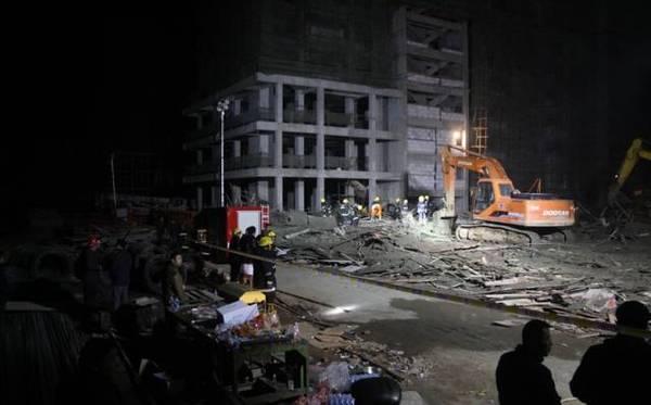 中国楼房为何频繁倒塌?耐久性至少50年怎么解释?_7