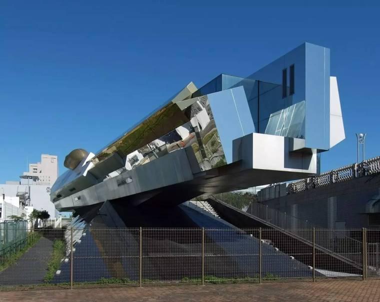 创意还是奇葩?来看看日本这些让人眼前一亮的建筑!_6