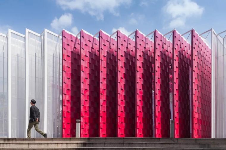 曼谷设计周展亭,再利用材料可变身包包和椅子/Cloud-floor_7