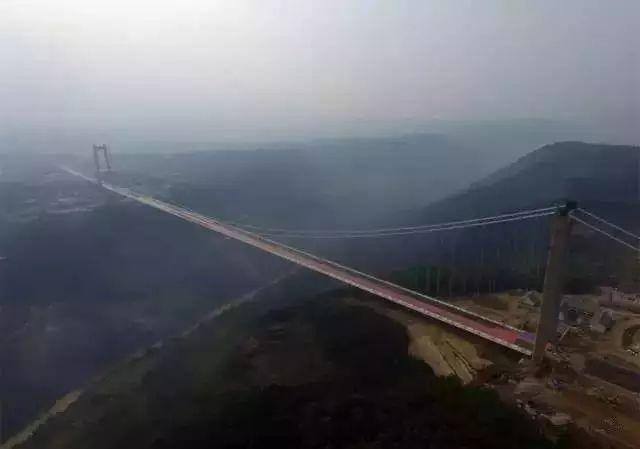 """""""亚洲第一大桥""""通车了,美国专家惊呆了!云雾浩渺,太壮观了_9"""