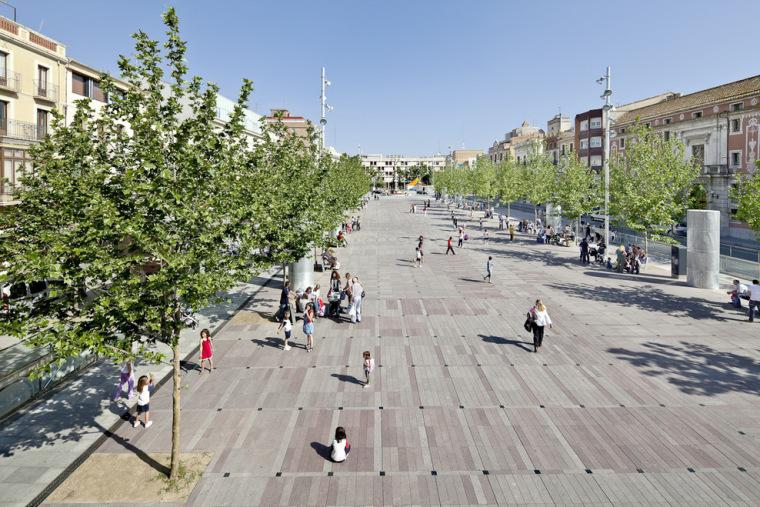 西班牙santfrancesc广场_6