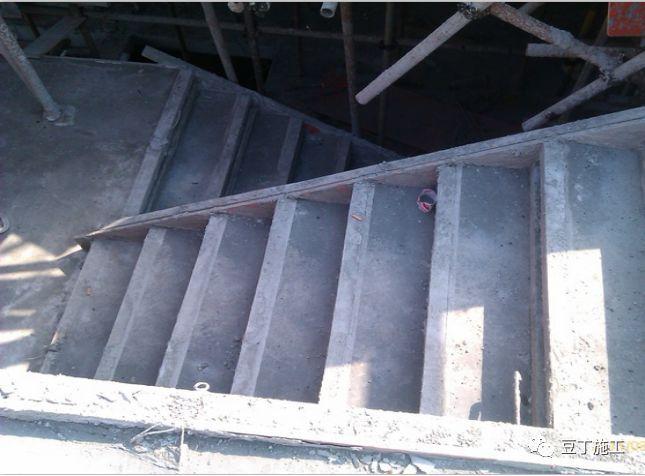 打灰那点事,这里全说明白了!最全混凝土浇筑质量控制要点总结!_12