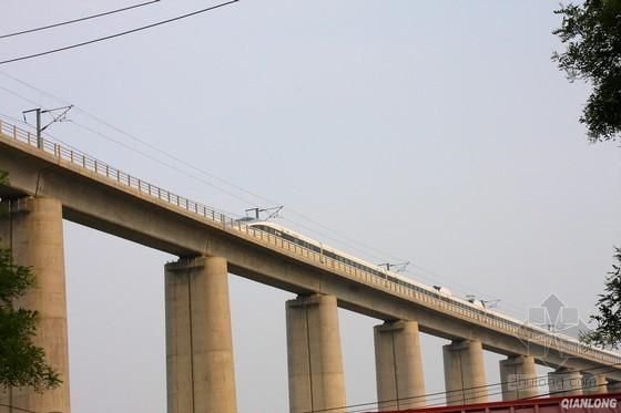 新建高等级铁路特大桥多项施工方案(245页 内容全面)