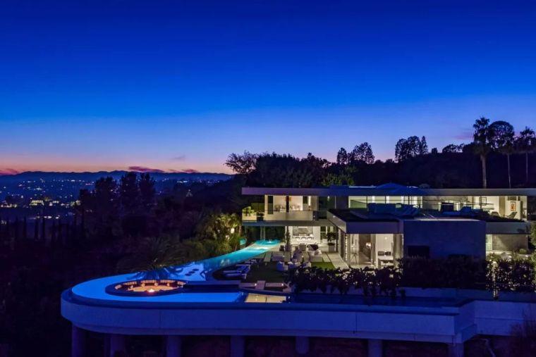 3.98亿的超级山顶豪宅,无比奢侈的观景台_8