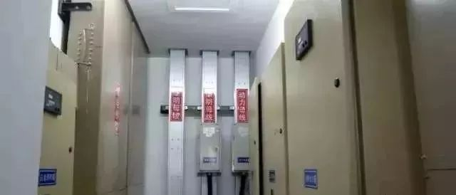 施工很规范,标识牌清楚,一个好的机电安装施工做法!_9