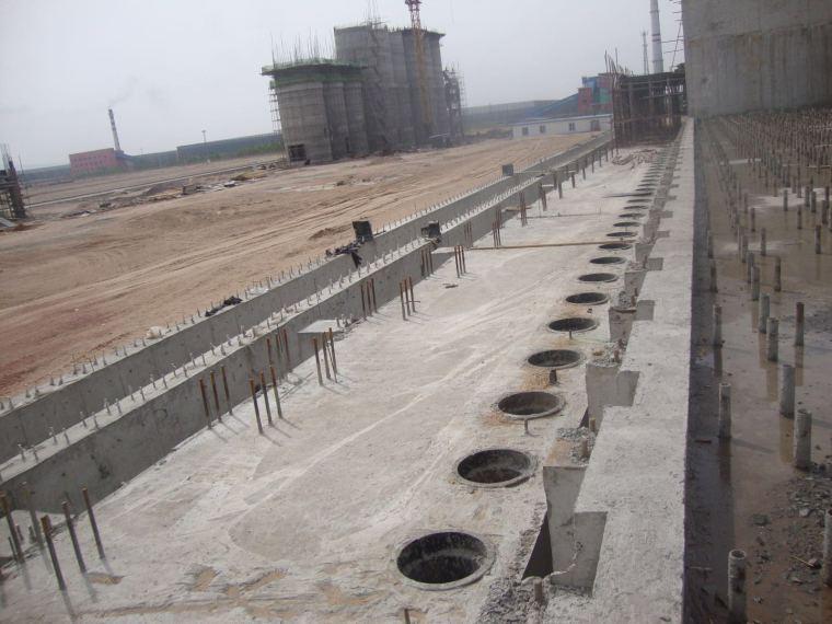 焦炉顶板预埋管安装施工工法