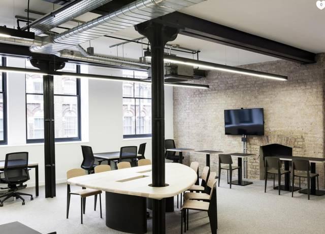 办公室装修设计中的几种墙面装饰材料及工艺
