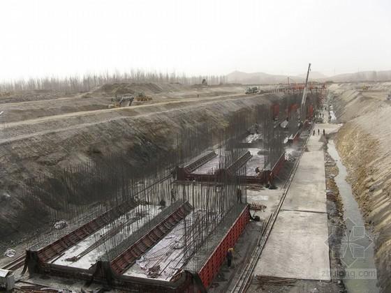 毛石挡土墙及钢筋混凝土扶壁式挡土墙施工方案