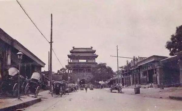 梁思成逝世46周年祭:能挽救千年的建筑,却没能救下老北京城_2