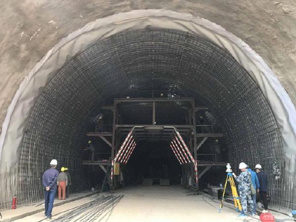 城市交通隧道的消防设施配置