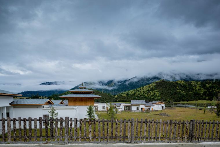 西藏林芝鲁朗度假酒店-16