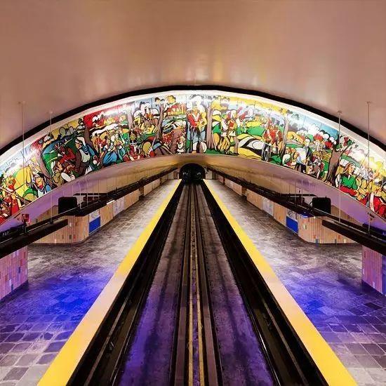 世界最美地铁景观,美到让你不想回家_26