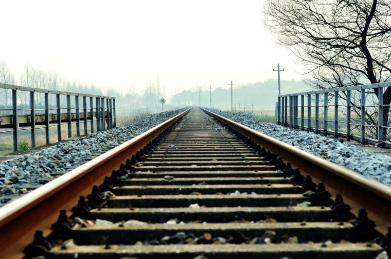 [新疆]铁路工程监理投标书(技术部分,115页)