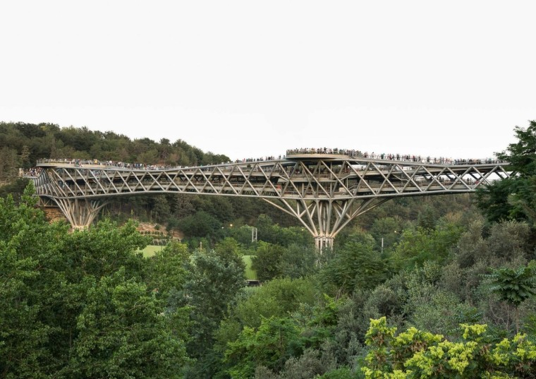 伊朗塔比阿特步行桥-1