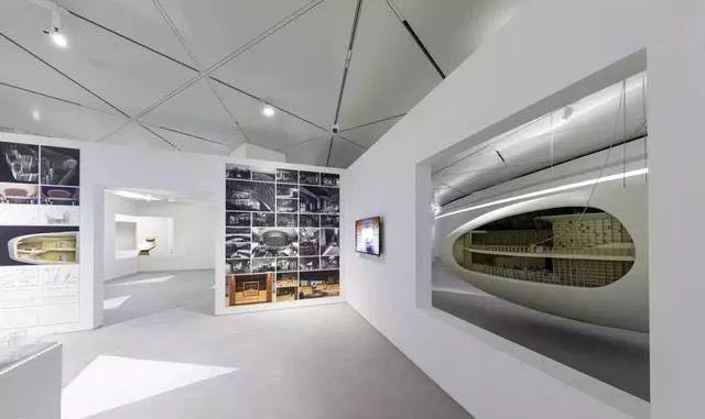 从半路出家到建筑大师,安藤忠雄设计的书店让你不想回家_15