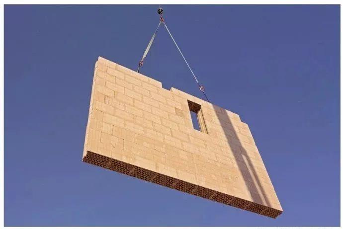 外国人太脑洞了,烧结空心砖也能制成装配式墙板