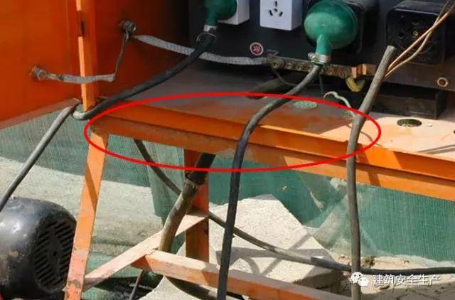 水利施工现场这些临时用电行为统统要不得!_2