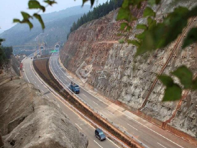 高速公路工程项目安全生产管理制度汇编467页