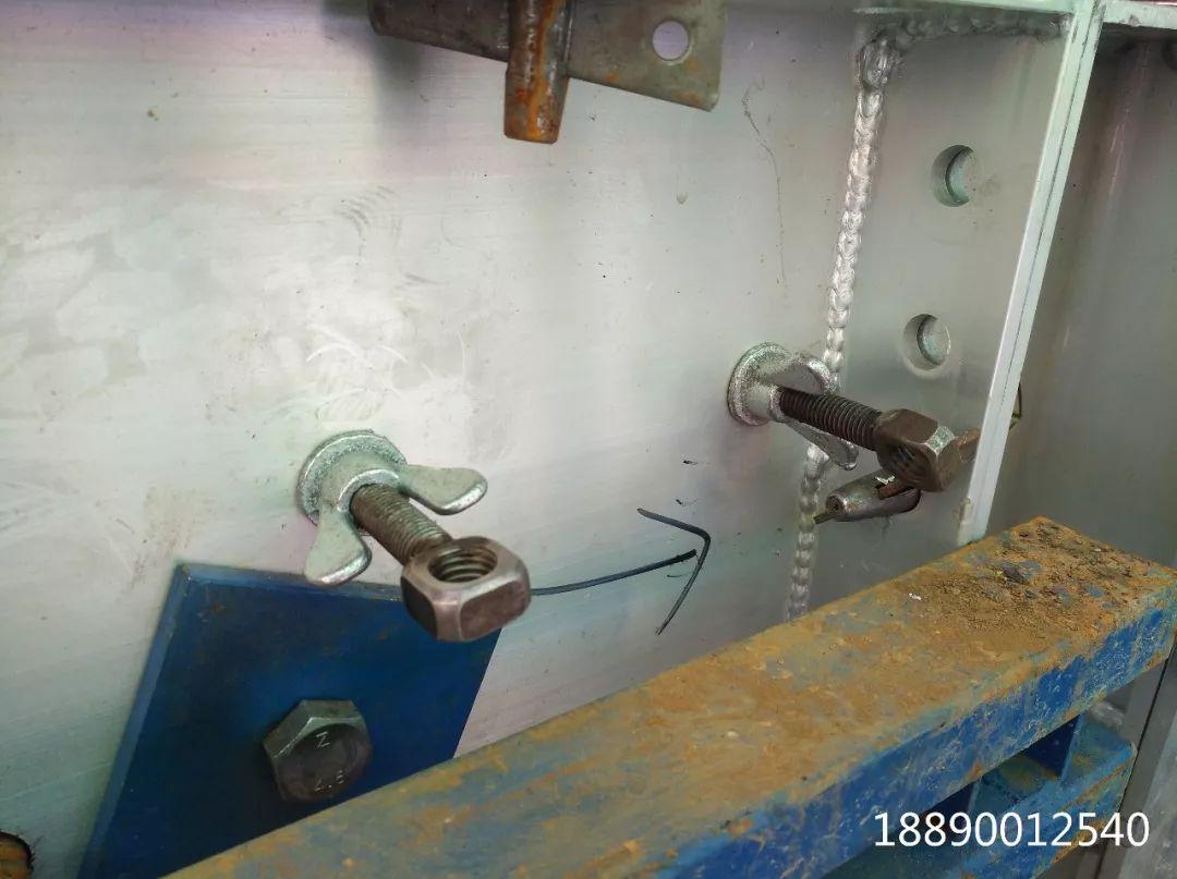 一种新型悬挑架的安装搭设装置_4