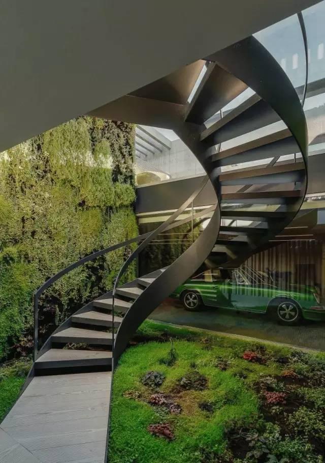 把屋顶设计成空中泳池,只有鬼才,才敢如此设计!_14