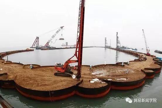 用钢圆管筑岛,港珠澳大桥人工岛这方案完胜日本|了不起的中国_12