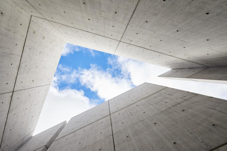 加拿大国家大屠杀纪念碑-14