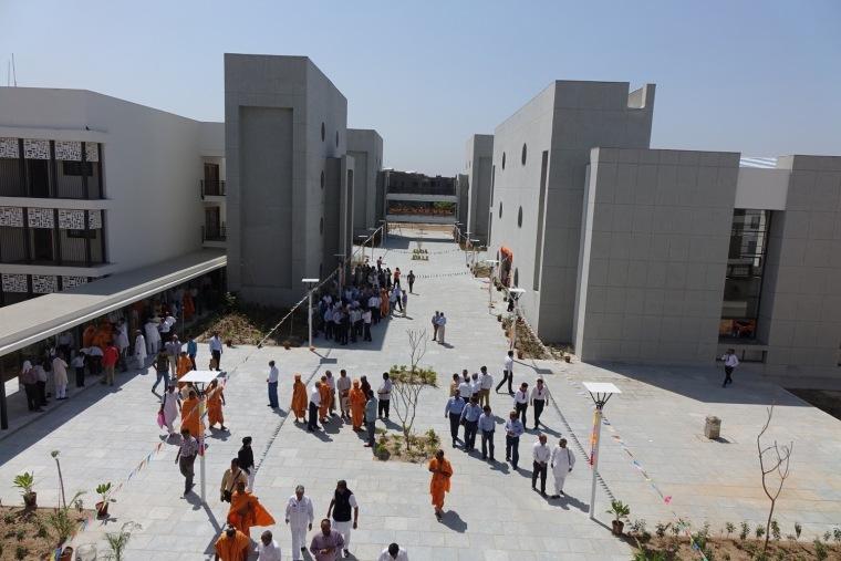 印度BAPSSwaminarayan女子寄宿学校-1 (3)