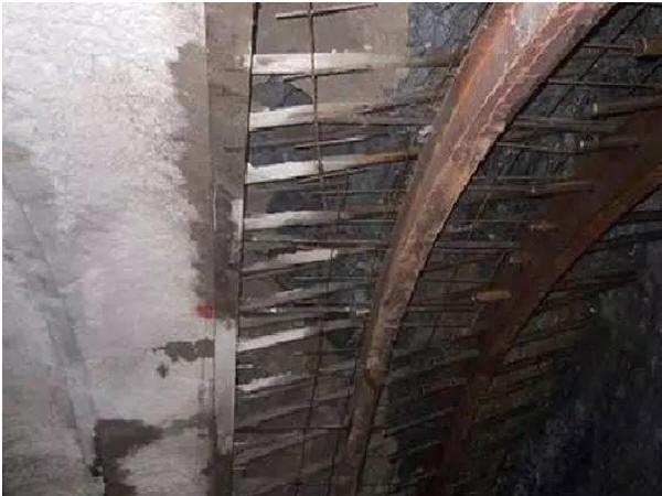 隧道超前小导管预注浆施工步骤
