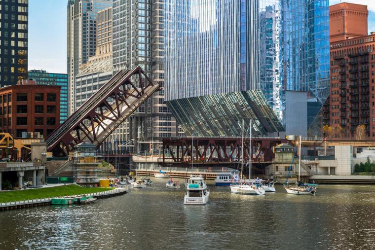 美国芝加哥河畔大厦