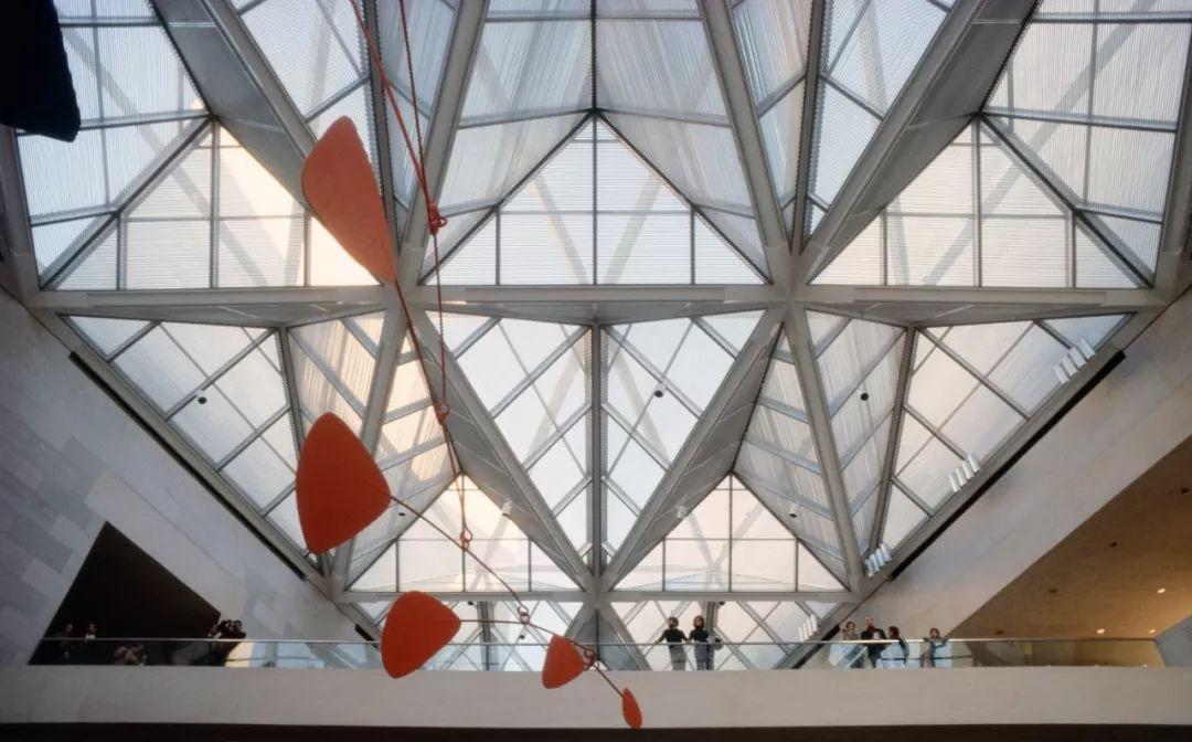 致敬贝聿铭:世界上最会用「三角形」的建筑大师_26