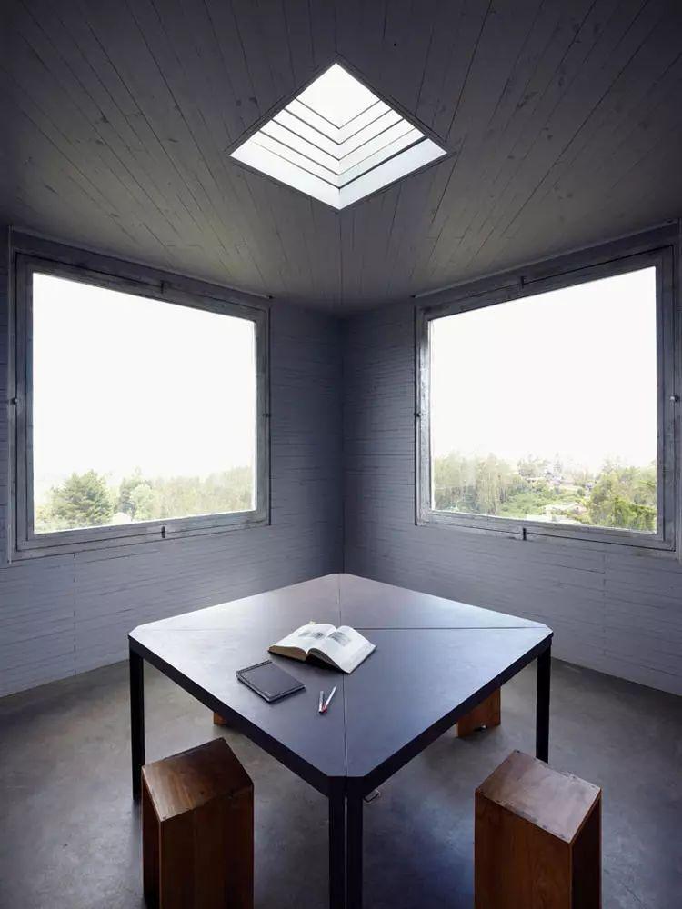 这个智利建筑事务所设计房子,几乎像是一场方形、圆形或其他元素_8