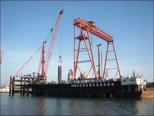 前沿报导:海上大直径超长钻孔灌注桩的关键技术