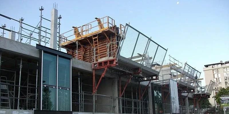 从准备到完工,看看法国建筑工地现场怎么样?_24
