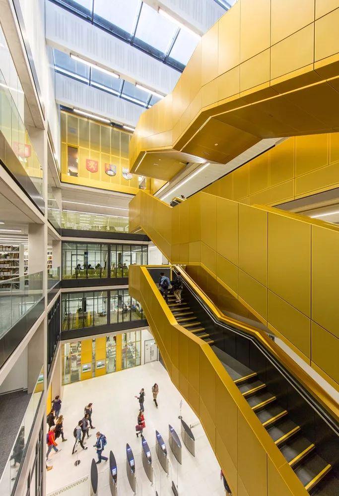 12座设计感超强的图书馆建筑!_3