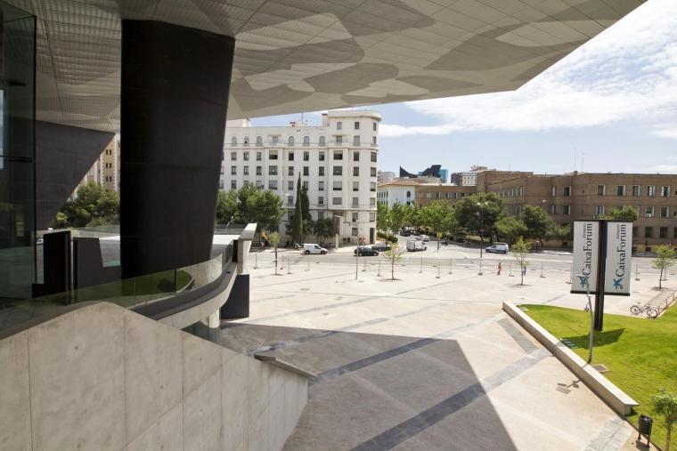 西班牙独特雕塑般构造的文化中心外部实景图 (6)