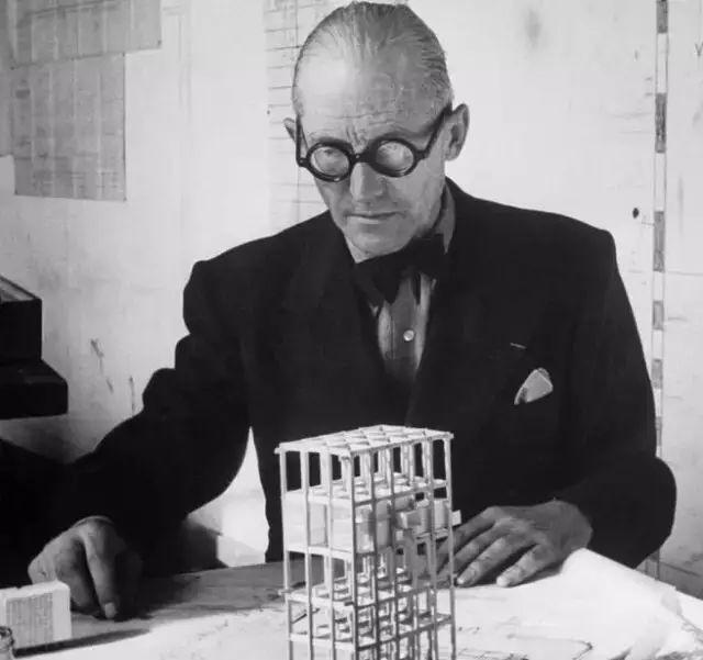 建筑大师柯布西耶、路易斯康、迈耶用这些绘画方法都画了什么?