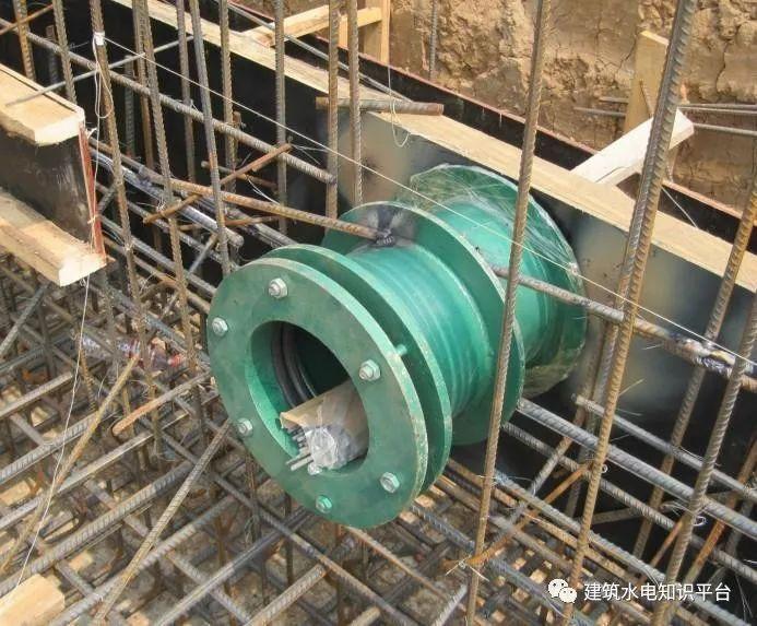 图解//柔性防水套管的安装方向