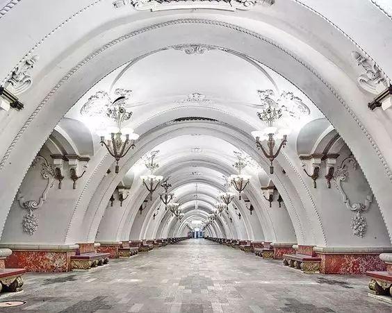 世界最美地铁景观,美到让你不想回家_23
