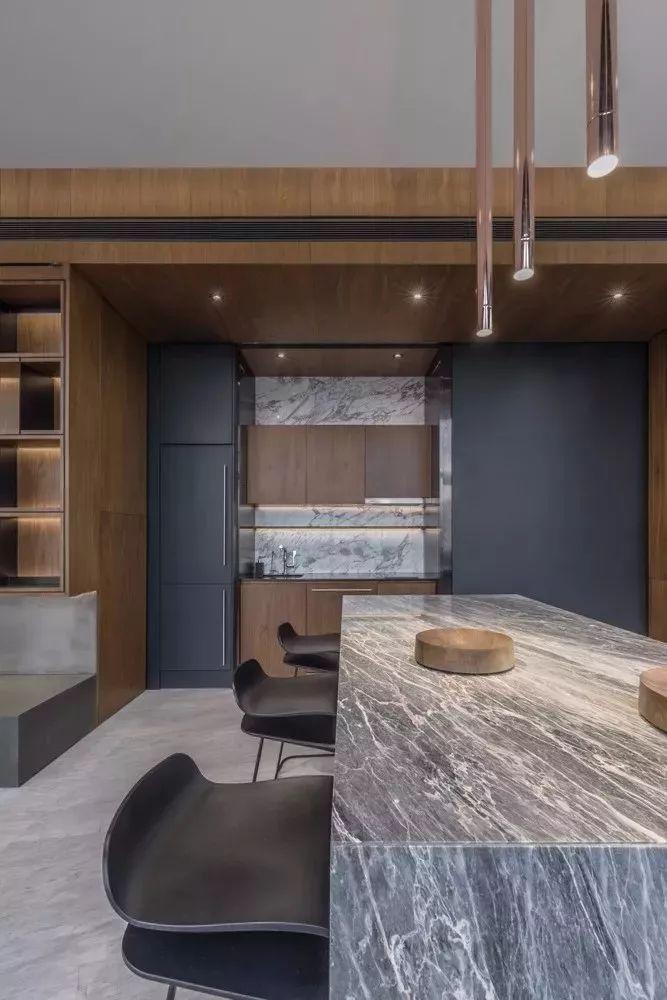 室内设计 130㎡的单身公寓,设计感十足_22