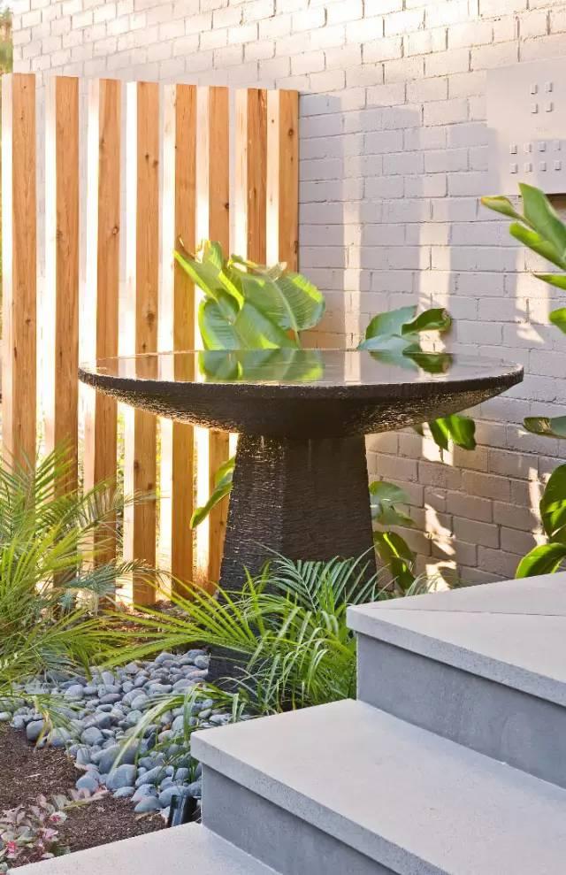 赶紧收藏!21个最美现代风格庭院设计案例_61