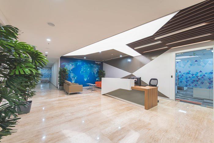 网络公司办公室装修设计案例效果图